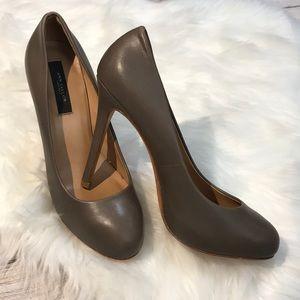 Ann Taylor Leather Heels size 6